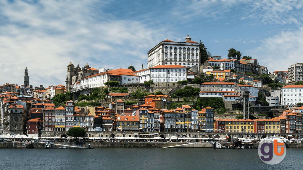 Лучшие города и пляжи Португалии