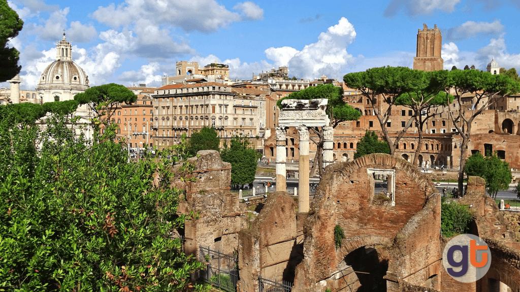Как добраться на поезде из аэропорта Фьюмичино в Рим?